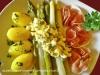 Aspargi con salsa bolzanina e patate bollite